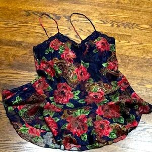 🎀SPECIAL🎀  Victoria's Secret Floral Night Gown